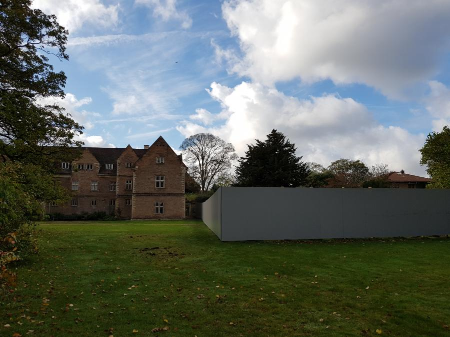 Library Site hoardings erected